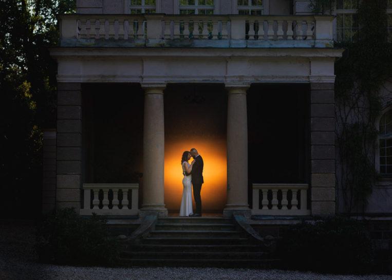 Plener ślubny Asi i Łukasza - sesja poślubna w Pałacu w Łężanach