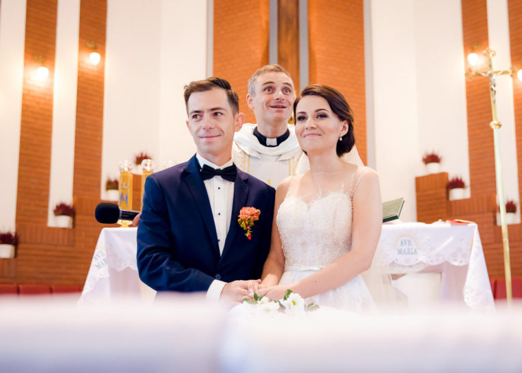Ceremonia ślubna - ślub w kościele Saletynów w Mrągowie