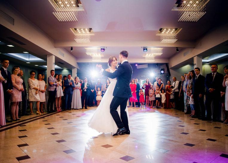 Pierwszy taniec Pauli i Karola - Dom weselny Krystyna w Szczytnie