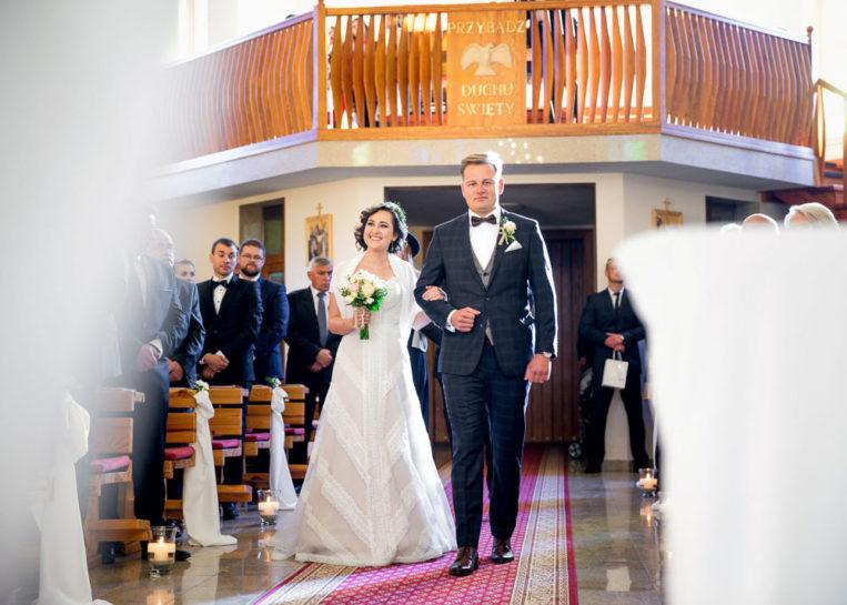 Wejście Pary Młodej - ślub w Kosewie