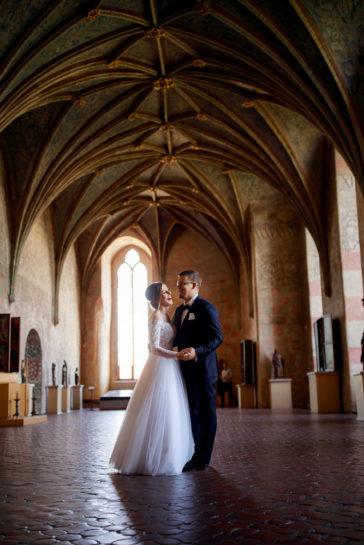 Sesja poślubna Lidki i Kuby - Zamek Biskupów Warmińskich w Lidzbarku Warmińskim